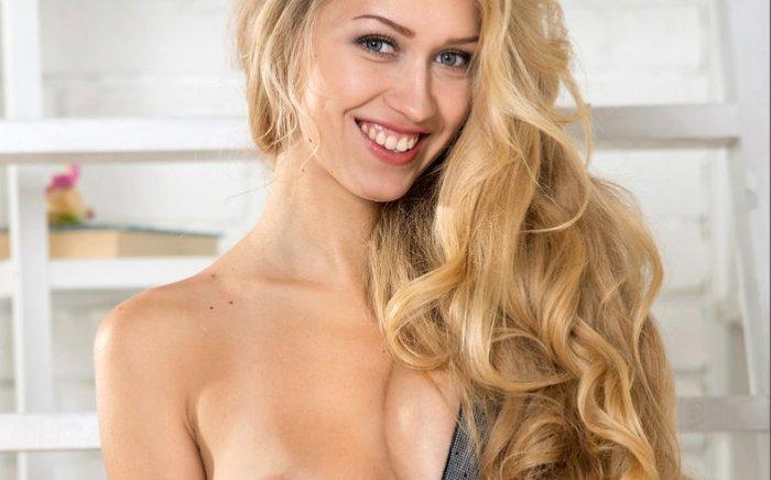 lang blond seks