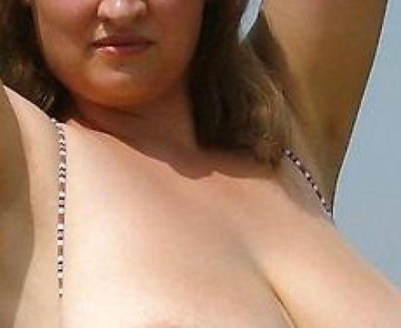 Tieten kneden erotische massage in zeeland