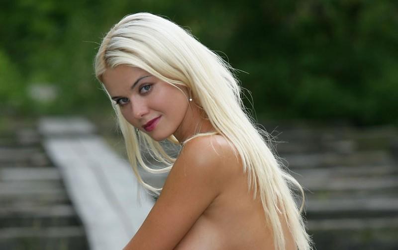 dominant blond seks
