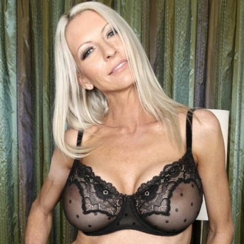 mooie blonde vrouwen sexdate site