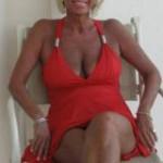 Gescheiden vrouw, 62 jaar en grote borsten, kent geen grenzen