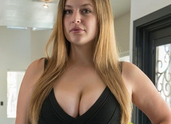vrouw met grote dildo tantra massage prive