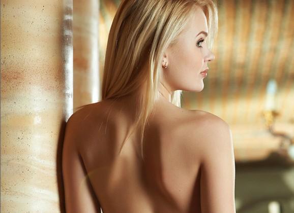lang haar escorte kleine borsten