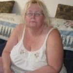 Tille, Tante Hoer, zkt een jongeman die van oudere vrouwen houdt